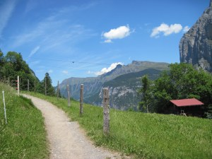 Gimmelwald cable car path