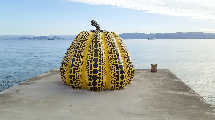 Gourds, gourds everywhere: a peek at Naoshima